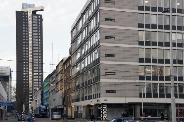 Schieblock en zicht op Delftsestraat, Rotterdam.