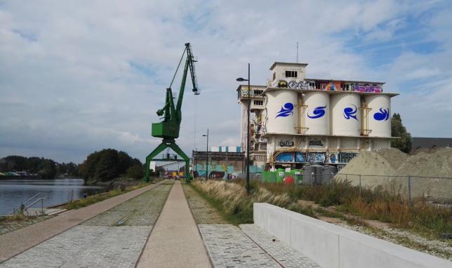 werkbezoek Gent_Hteam_Oude Dokken_1_kade en betoncentrale